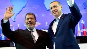 Hubungan akrab Mursi dan Erdogan meningkatkan lagi penentangan golongan tentera dan rakyat yang berfahaman Sekular
