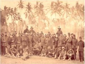 Kesultanan Aceh menyerah kalah kepada Belanda pada tahun 1904 akan tetapi tentangan rakyat Aceh terhadap Belanda berlanjutan dengan perang gerila