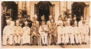 Raja-Raja Melayu merupakan tonggak kepada agama Islam dan bangsa Melayu. Kita seharusnya bersyukur kerana masih mempunyai Raja-Raja yang menjadi lambang kedaulatan negara